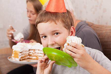 3 года мальчику. Как отпраздновать день рождения?
